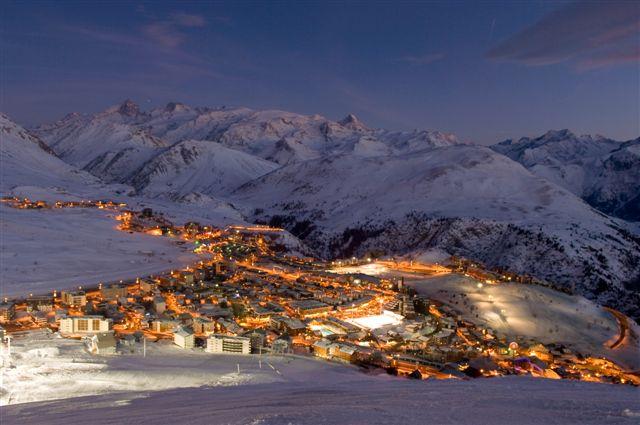 Lyžování a zimní dovolená v L'Alpe d'Huez (Francie, Les Grandes Rousses)