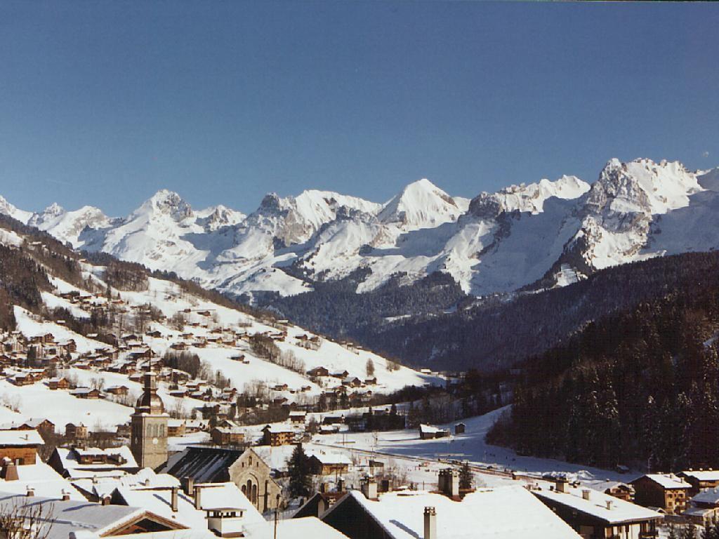 Lyžování a zimní dovolená v Le Grand Bornand (Les Aravis, Francie)