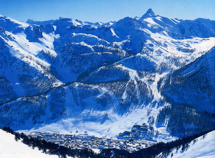 Lyžování a zimní dovolená v Montgenèvre (Francie, Itálie, Via Lattea)