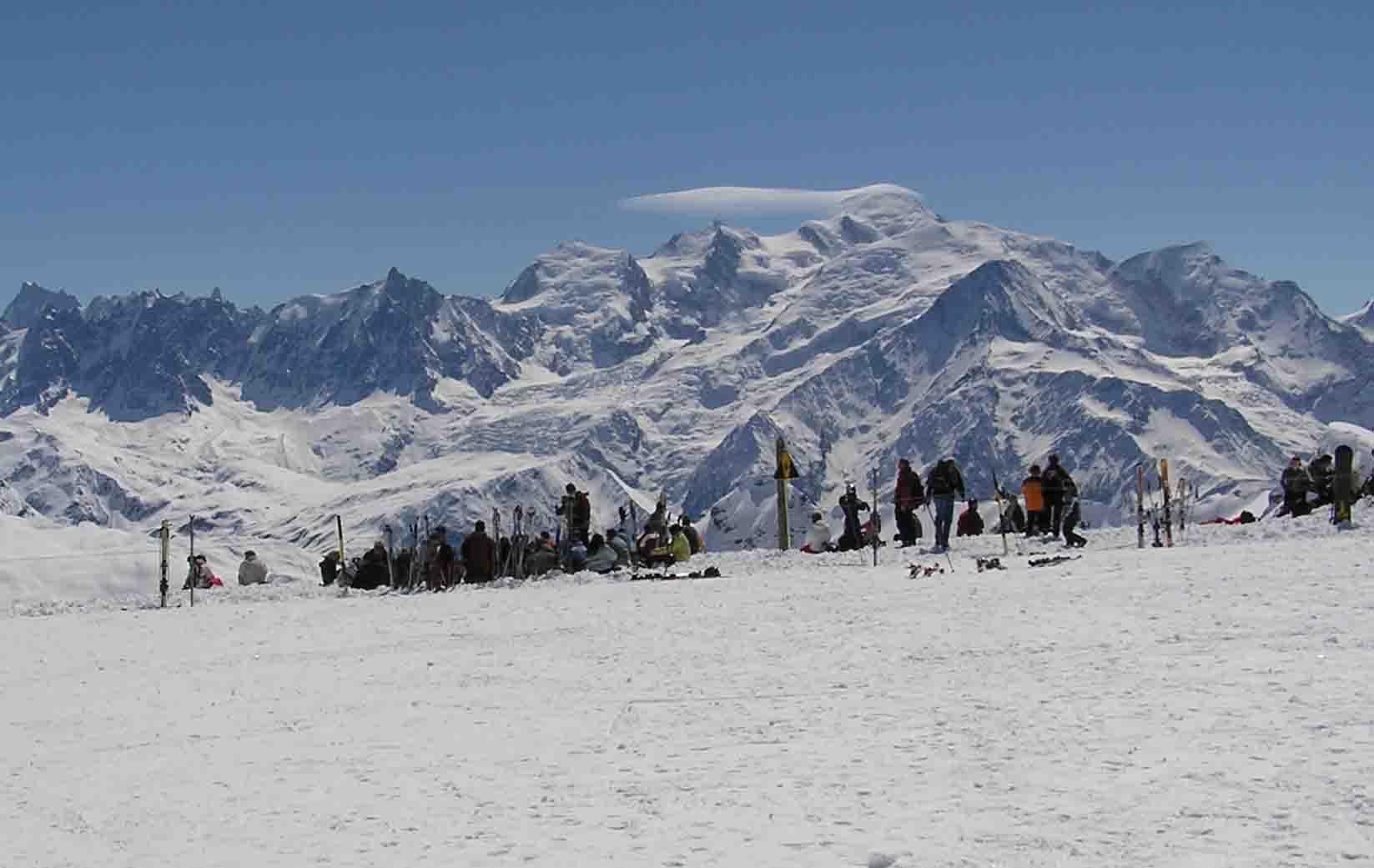 Lyžování a zimní dovolená v Morillon (Grand Massif, Francie)