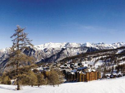 Lyžování a zimní dovolená v Risoul (La Foret Blanche, Francie)