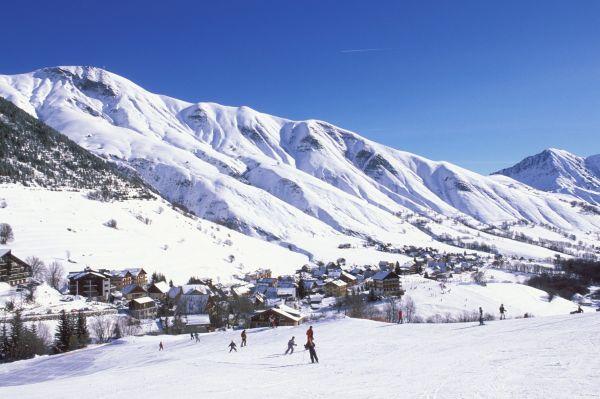 Lyžování a zimní dovolená v Saint Sorlin d'Arves (Les Sybelles, Francie)