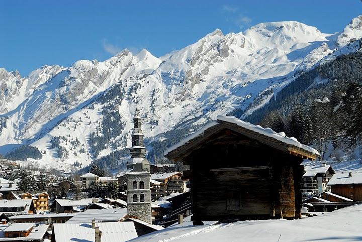 Lyžování a zimní dovolená v La Clusaz (Les Aravis, Francie)
