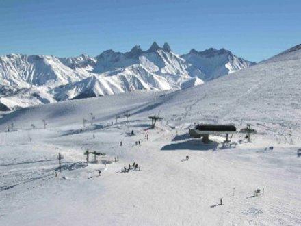 Lyžování a zimní dovolená v Le Corbier (Les Sybelles, Francie)