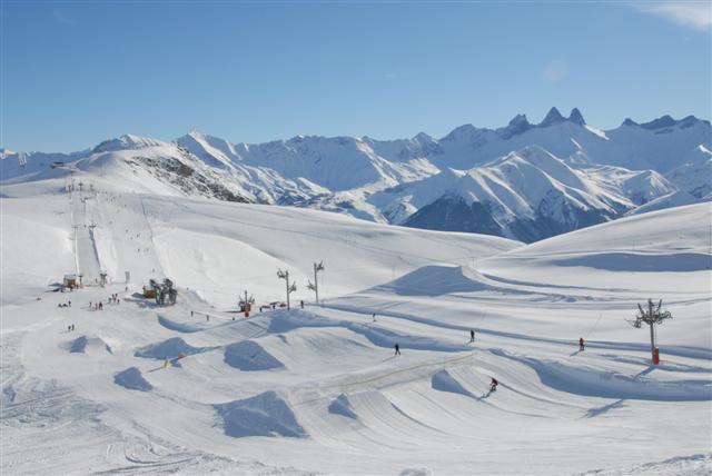 Lyžování a zimní dovolená v Les Sybelles (Francie)