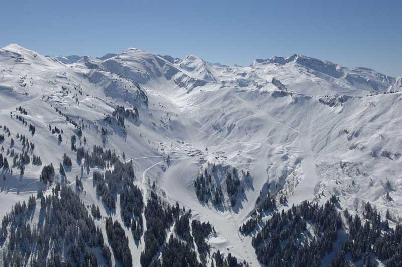 Lyžování a zimní dovolená v Portes du Soleil (Francie a Švýcarsko)