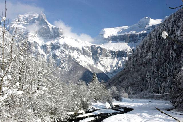 Lyžování a zimní dovolená v Sixt Fer à Cheval (Grand Massif, Francie)